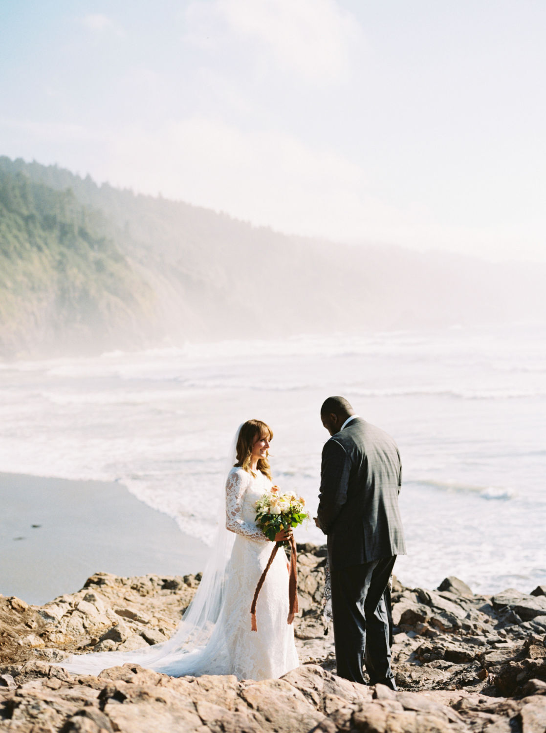 oregon coast elopement shot on film by Justin Douglas Photography